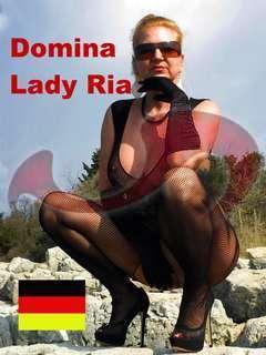 Bild zu Domina Lady Ria