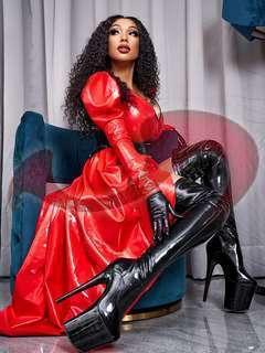 Bild zu Lady Riana Luxor