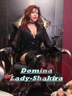 Studio: Domina-Shakira